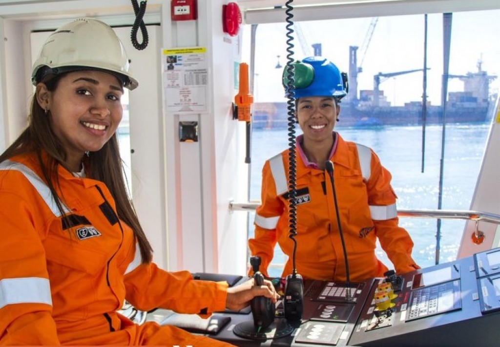 Svitzer Employs First All-Female Crew in Dominican Republic